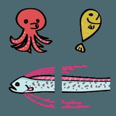海の生き物、タコ、イカ、エビなど