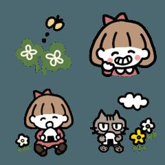 可愛い女の子と目つきの悪い猫