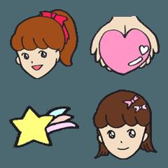 きら目の少女/ 絵文字