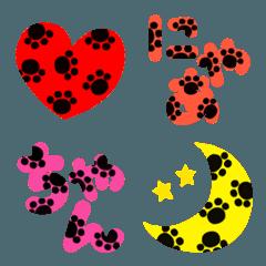 猫の足跡の入ったデカ絵文字