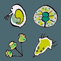 半透明な微生物の絵文字