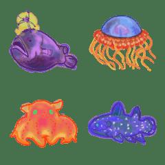 小さくて色鮮やかな深海魚絵文字
