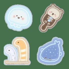 めっちゃ光る☆ネオンの水族館