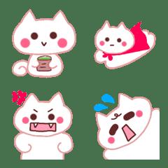 白ネコ♡笑って泣いて怒って