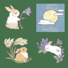 お月見とうさぎと秋の草花