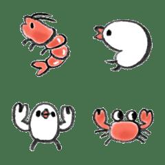 海の生き物と文鳥さん